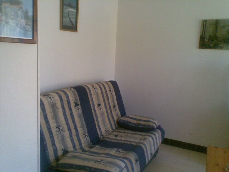 Rental apartment La ciotat  - Picture 2