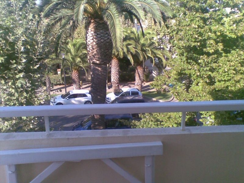 Rental apartment La ciotat  - Picture 6