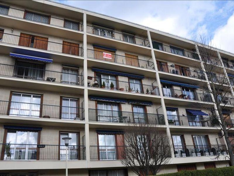 Sale apartment Eaubonne 215000€ - Picture 1