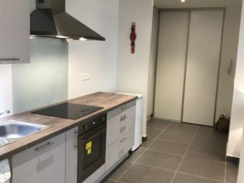 Rental apartment Lyon 06 1053€ CC - Picture 4