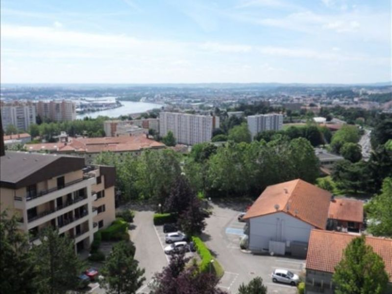 Location appartement Ste foy les lyon 960€ CC - Photo 1