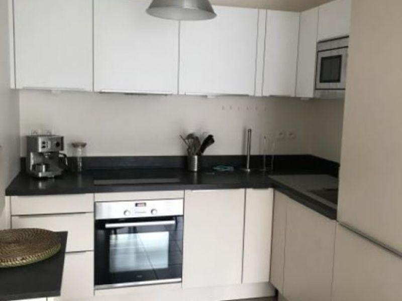 Rental apartment Collonges au mont d or 800€ CC - Picture 4