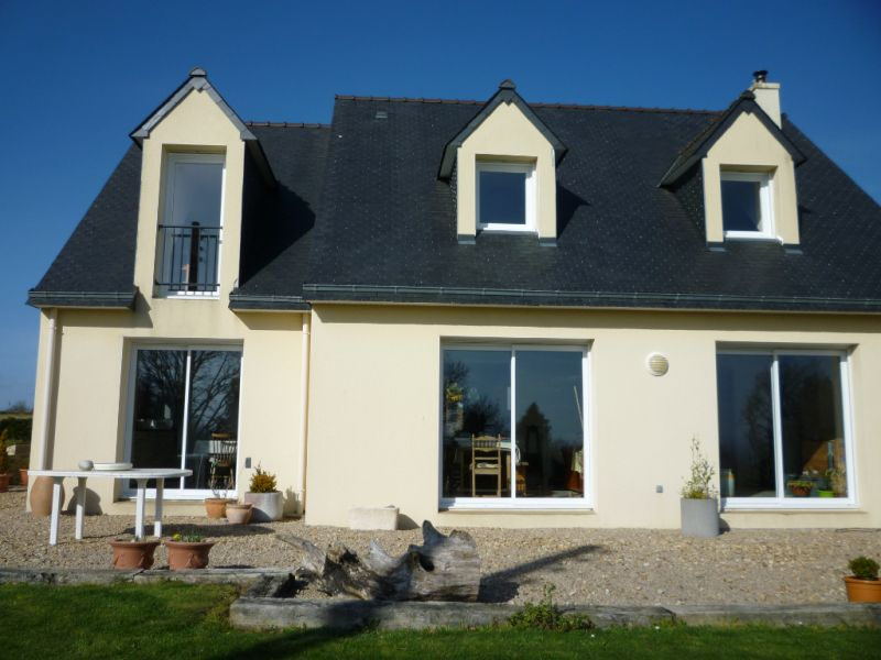 Sale house / villa Plouye 239200€ - Picture 1