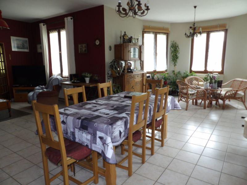 Sale house / villa Carhaix plouguer 239200€ - Picture 2