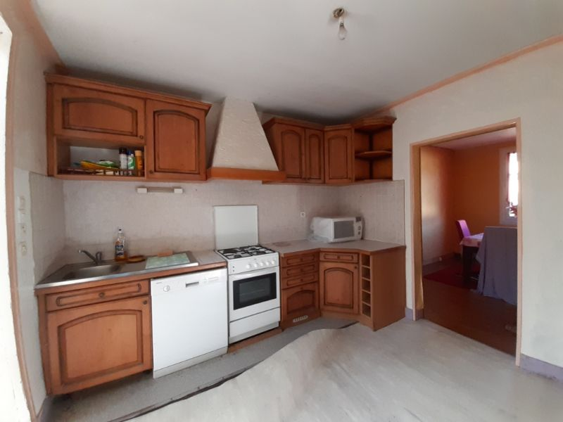 Vente maison / villa Saint hernin 69760€ - Photo 2