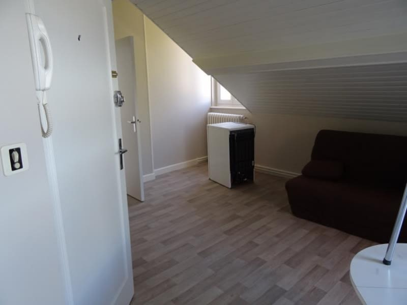 Rental apartment Moulins 295€ CC - Picture 3