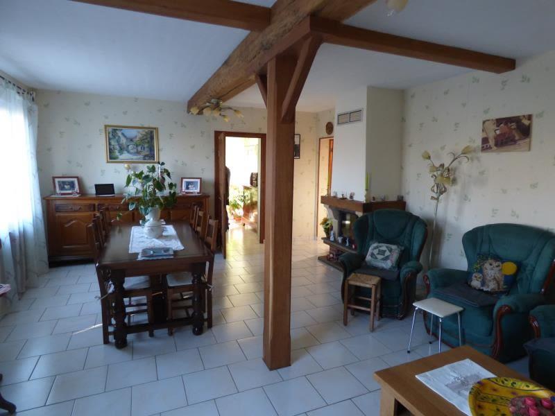 Sale house / villa Montbeugny 210000€ - Picture 5