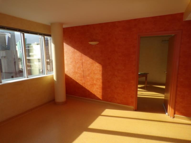 Revenda apartamento Montigny le bretonneux 304500€ - Fotografia 8