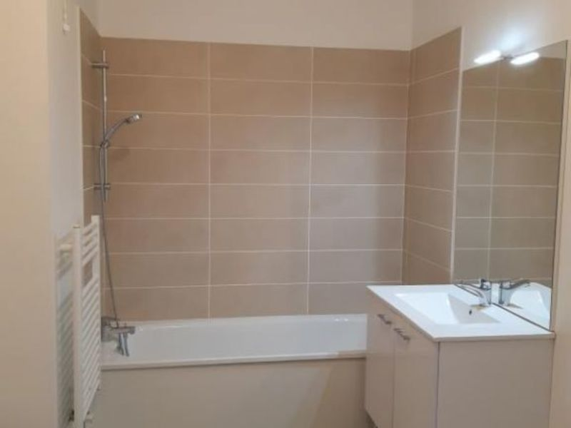 Location appartement Evry 655€ CC - Photo 3