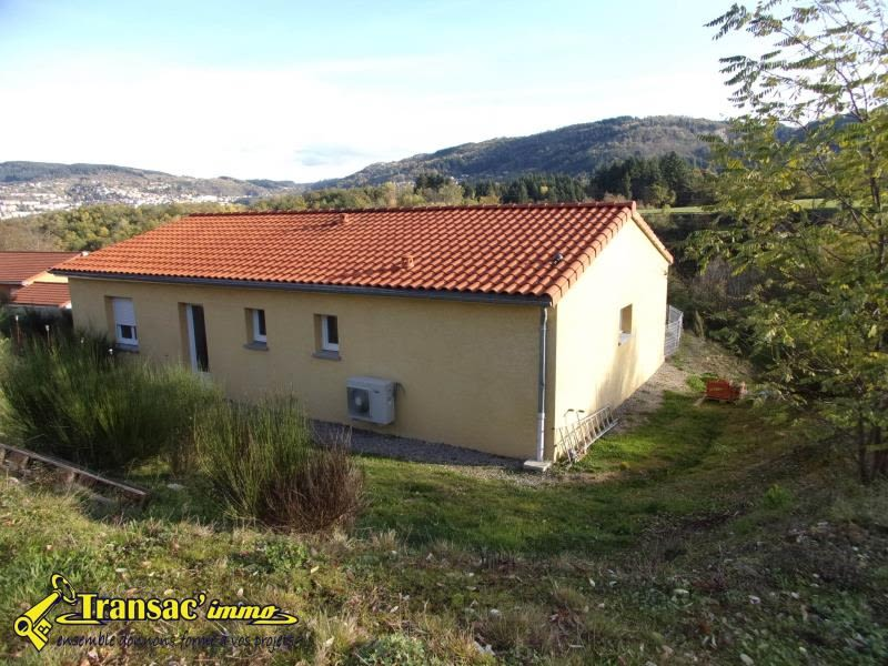 Vente maison / villa Escoutoux 147 000€ - Photo 1