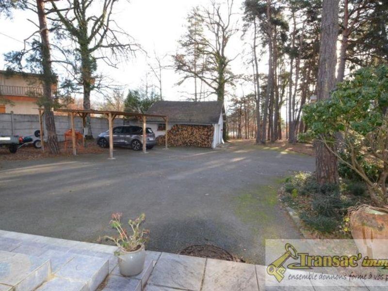 Sale house / villa Puy guillaume 292600€ - Picture 3