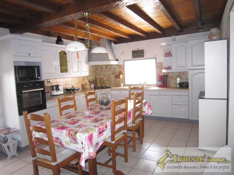 Sale house / villa Celles sur durolle 242650€ - Picture 2