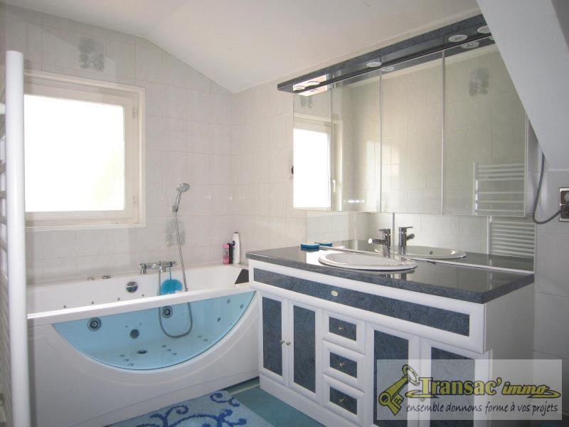 Sale house / villa Celles sur durolle 242650€ - Picture 7