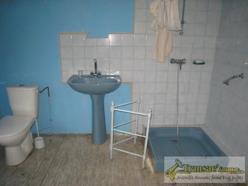 Sale house / villa Ris 29800€ - Picture 6