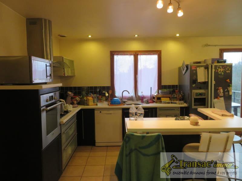 Sale house / villa Puy guillaume 159750€ - Picture 4