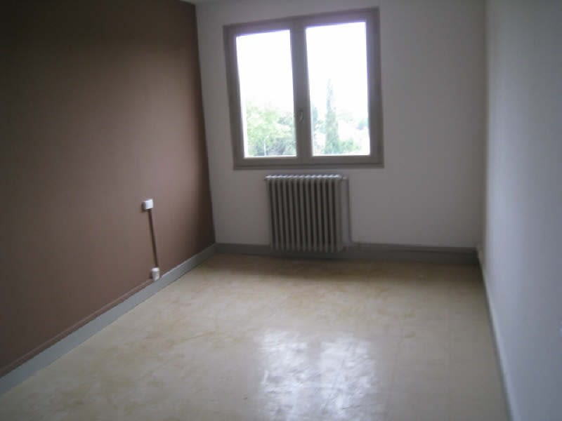 Rental apartment Carcassonne 536,01€ CC - Picture 5