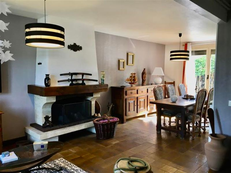 Vente maison / villa Dormans 167000€ - Photo 4