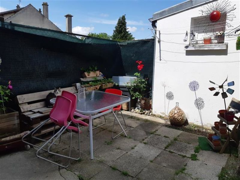 Sale house / villa Neuilly st front 103 000€ - Picture 2