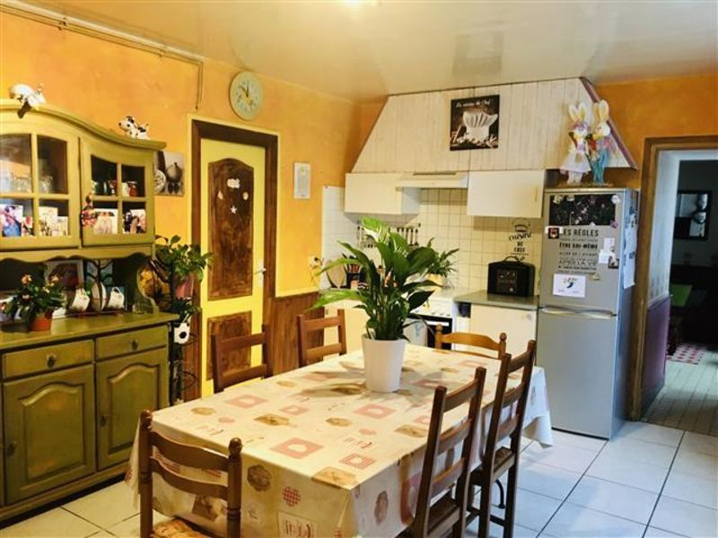 Sale house / villa Essomes sur marne 139000€ - Picture 2