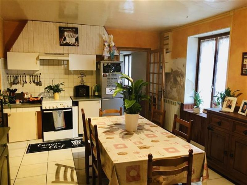 Sale house / villa Essomes sur marne 139000€ - Picture 3