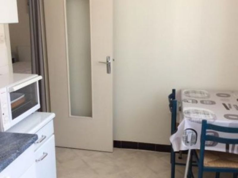 Location appartement Roanne 485€ CC - Photo 3