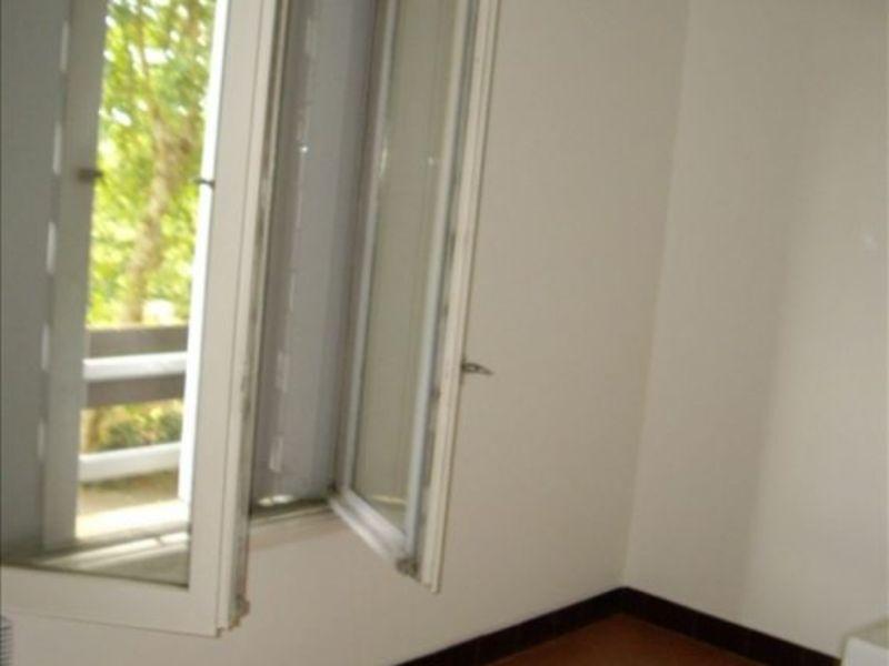 Location appartement Roanne 446€ CC - Photo 2