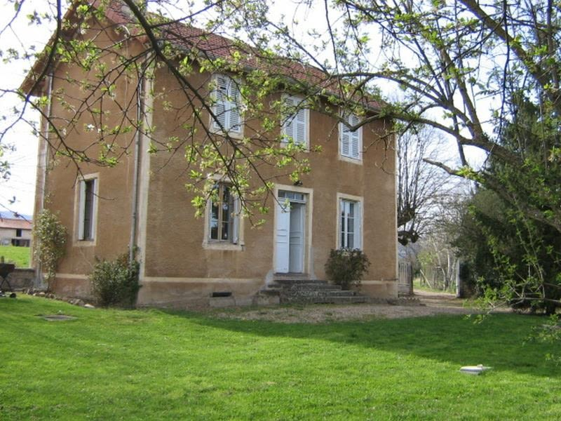 Rental house / villa Ouches 630€ CC - Picture 1