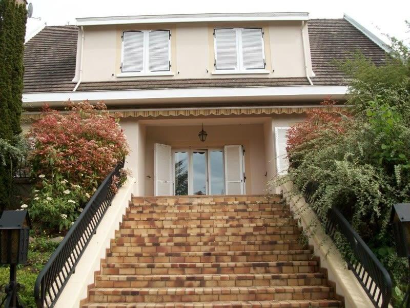 Sale house / villa Commelle-vernay 282500€ - Picture 2