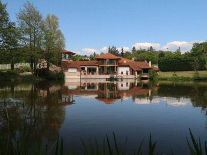 Vente maison / villa Saint-vincent-de-boisset 735000€ - Photo 2