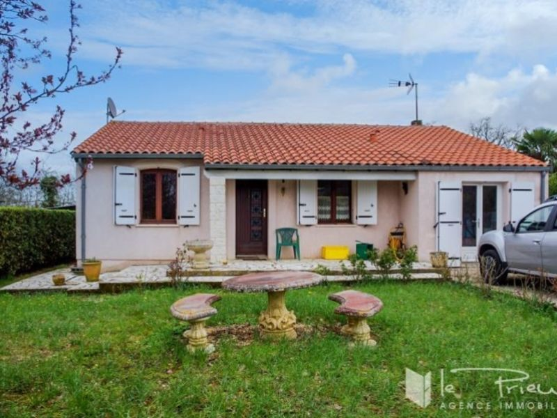 Sale house / villa Le sequestre 180000€ - Picture 1