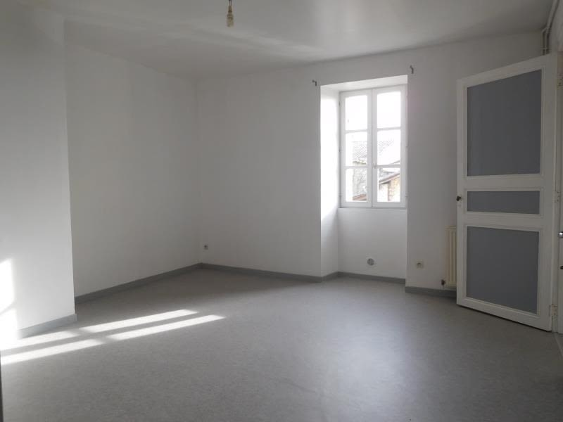 Rental apartment St andre de cubzac 682€ CC - Picture 4