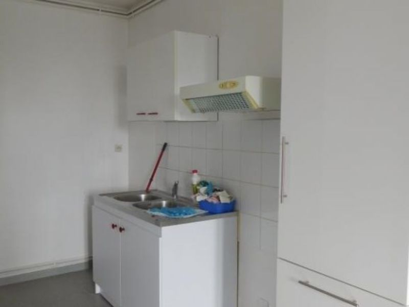 Rental apartment St andre de cubzac 682€ CC - Picture 6