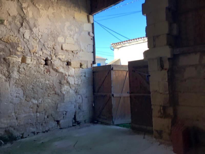 Vente maison / villa St laurent d arce 153000€ - Photo 7