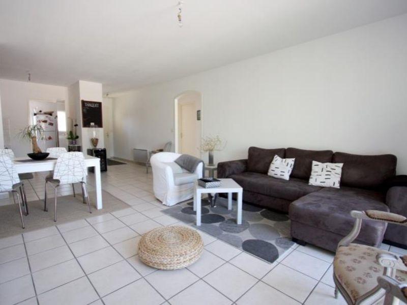 Rental apartment St andre de cubzac 693€ CC - Picture 4