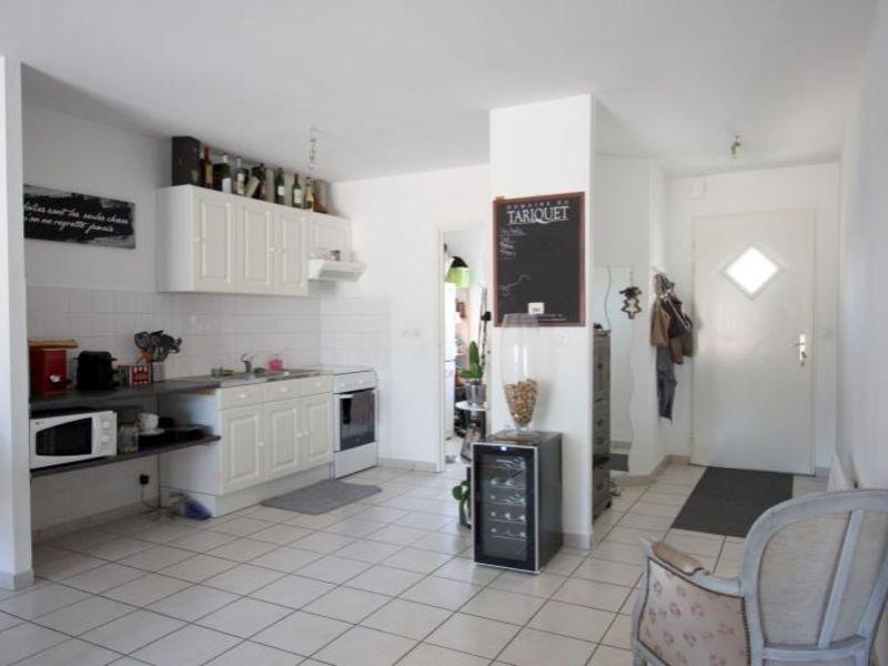 Rental apartment St andre de cubzac 693€ CC - Picture 5