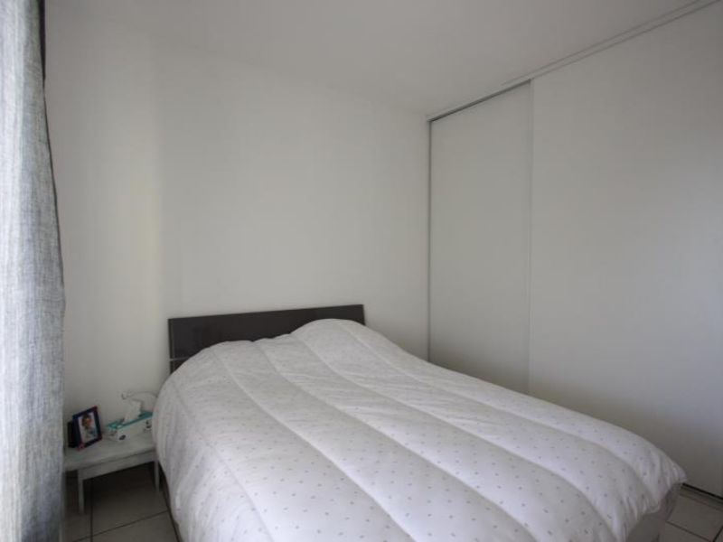 Rental apartment St andre de cubzac 693€ CC - Picture 7