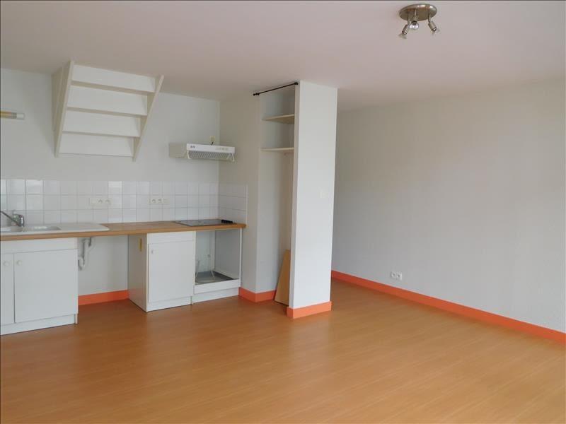Rental apartment St andre de cubzac 560€ CC - Picture 1