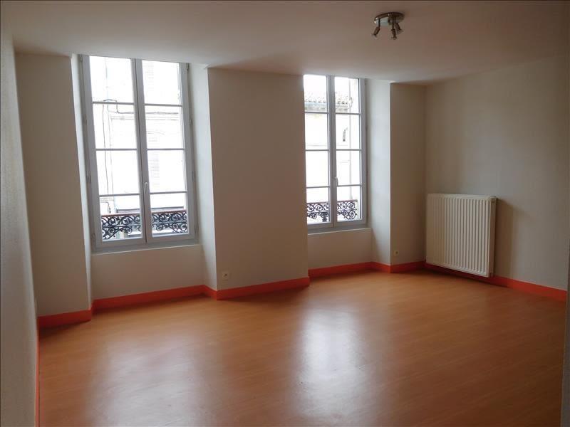 Rental apartment St andre de cubzac 560€ CC - Picture 2