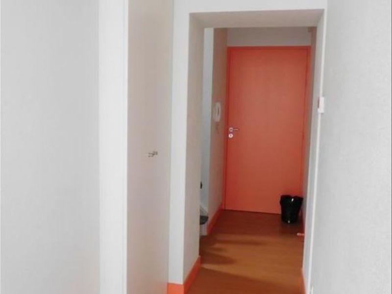 Rental apartment St andre de cubzac 560€ CC - Picture 3
