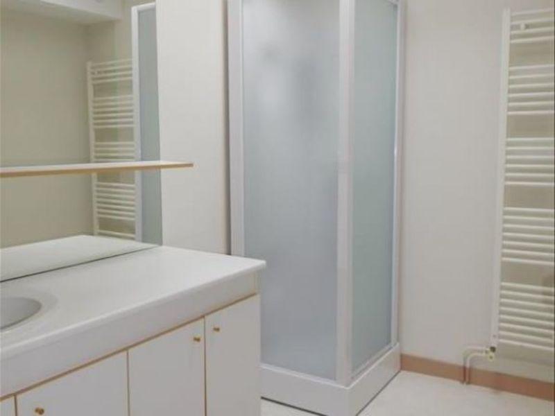 Rental apartment St andre de cubzac 560€ CC - Picture 4