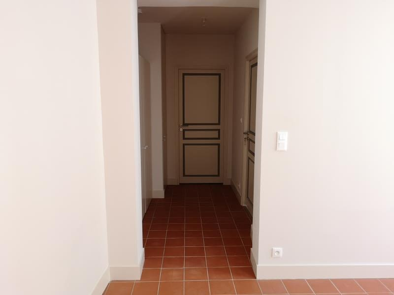 Location appartement Nimes 525€ CC - Photo 8