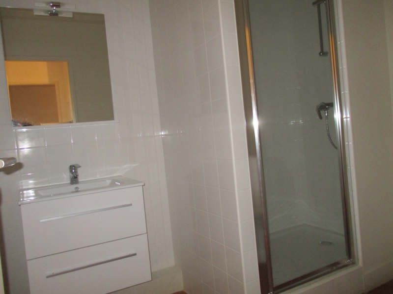 Rental apartment Nimes 604€ CC - Picture 5