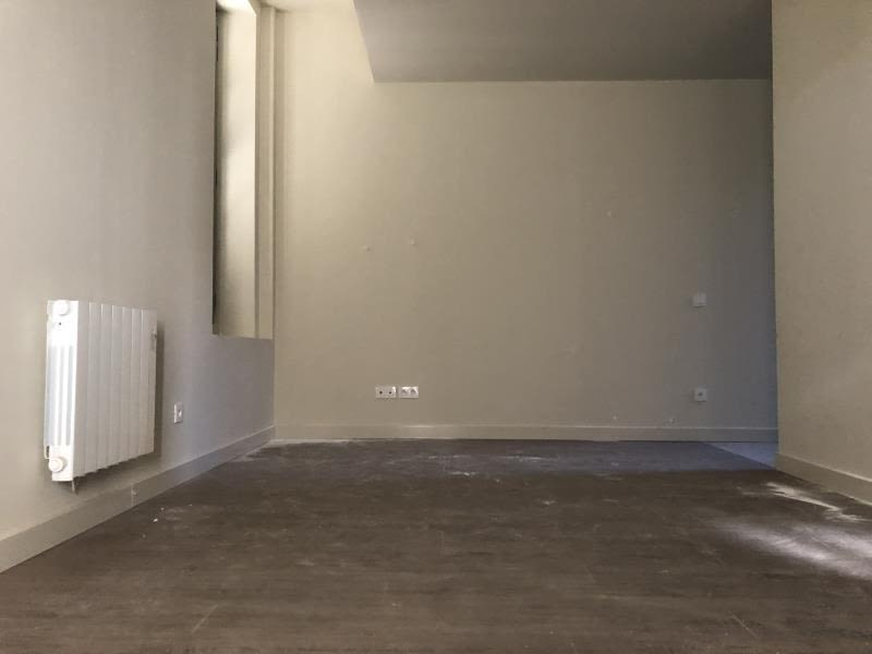 Location appartement Nimes 664€ CC - Photo 5