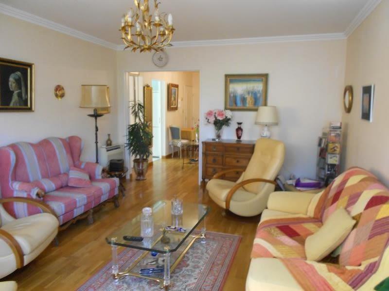 Vendita appartamento Nimes 189000€ - Fotografia 3