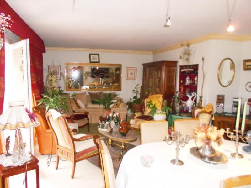 Sale apartment Nimes 235200€ - Picture 5