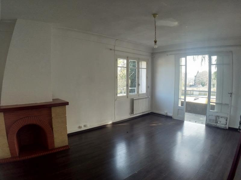 Sale apartment Nimes 148 000€ - Picture 1