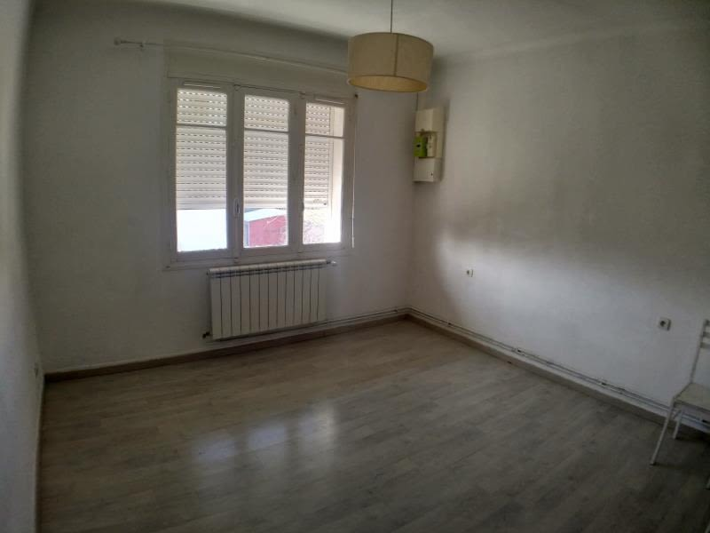 Sale apartment Nimes 148 000€ - Picture 6