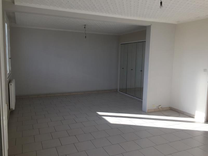 Sale apartment Nimes 66000€ - Picture 2