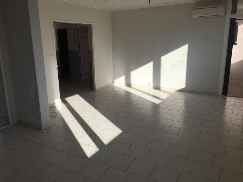 Sale apartment Nimes 66000€ - Picture 3