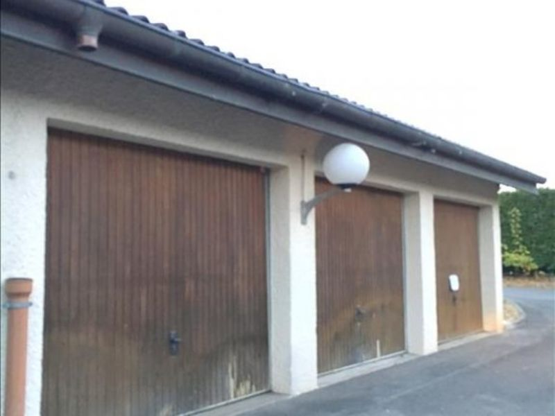 Location parking Prevessin-moens 92€ CC - Photo 1